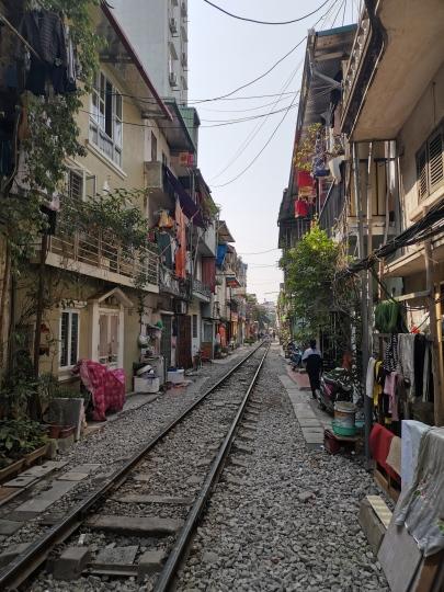Hanoi Tracks